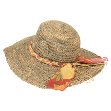 woman hat with organza
